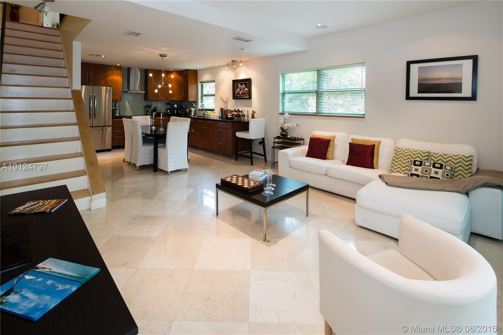 208 Jefferson ave-116 miami-beach--fl-33139-a10124797-Pic01