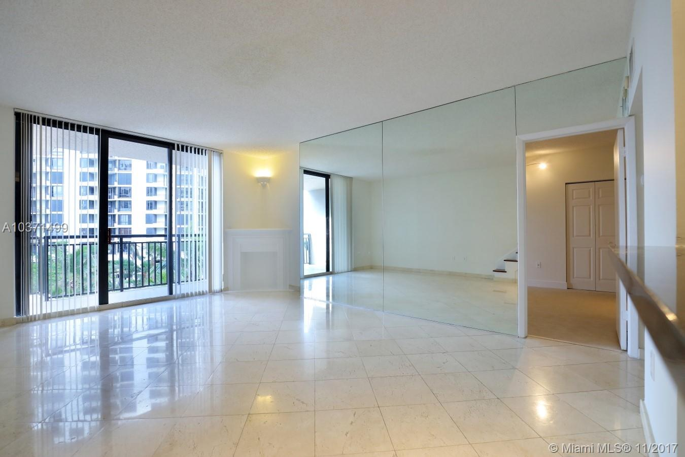 540 SE Brickell Key Dr # 605, Miami , FL 33131
