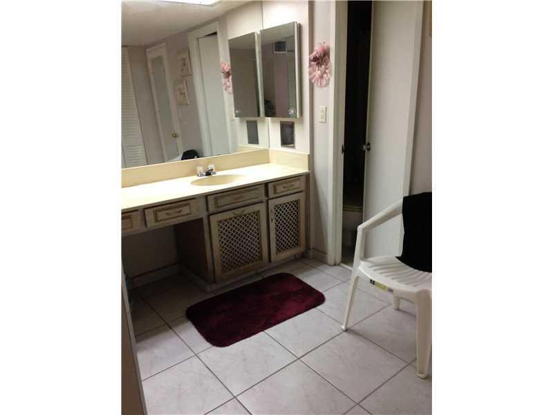 5701 Collins av-717 miami-beach--fl-33140-a1939399-Pic07