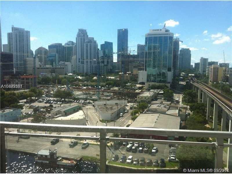 92 Sw 3rd St #1405, Miami FL, 33130
