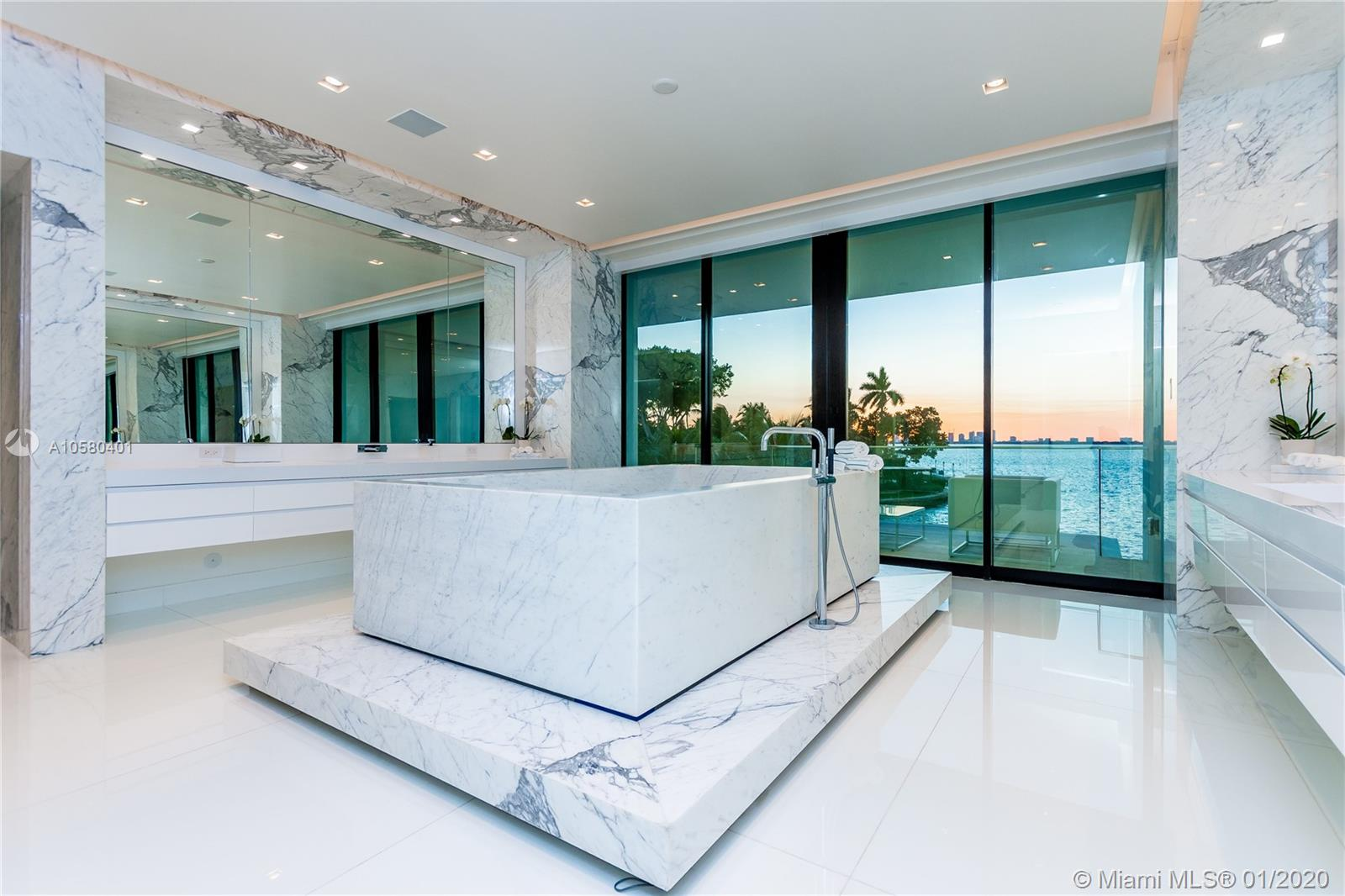 5004 Bay rd- miami-beach-fl-33140-a10580401-Pic29
