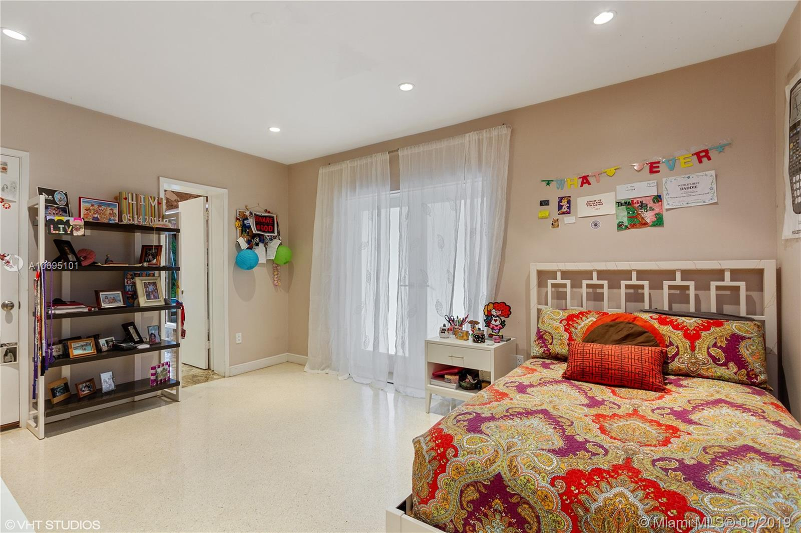 5055 Bay rd- miami-beach-fl-33140-a10695101-Pic15