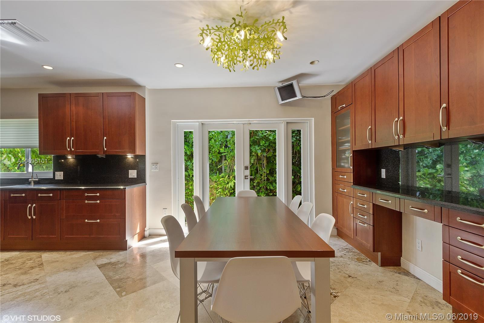 5055 Bay rd- miami-beach-fl-33140-a10695101-Pic07