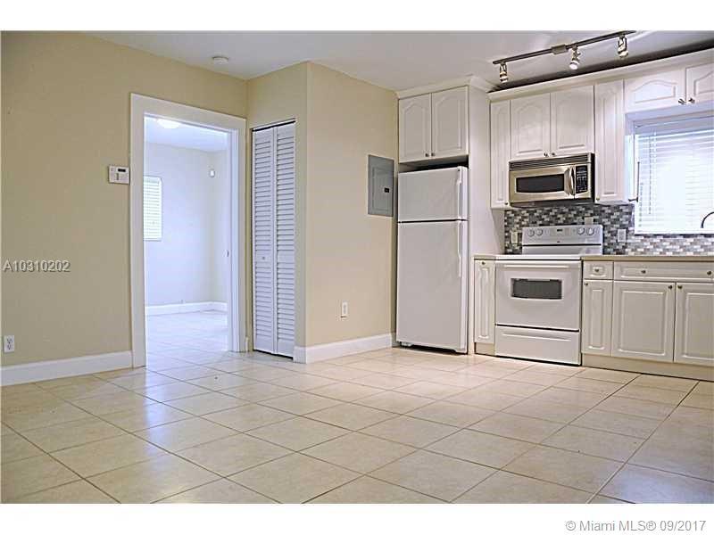 3071 SW 27th Ave # 16, Miami, FL 33133