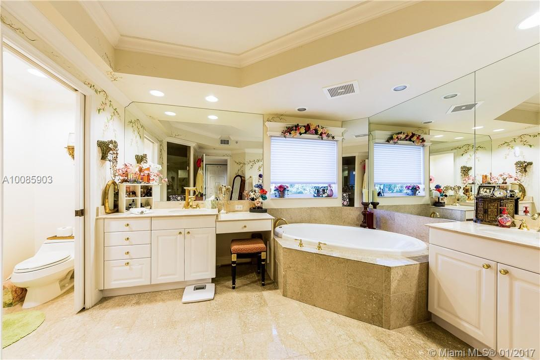 13627 Deering bay dr-401 coral-gables--fl-33158-a10085903-Pic11