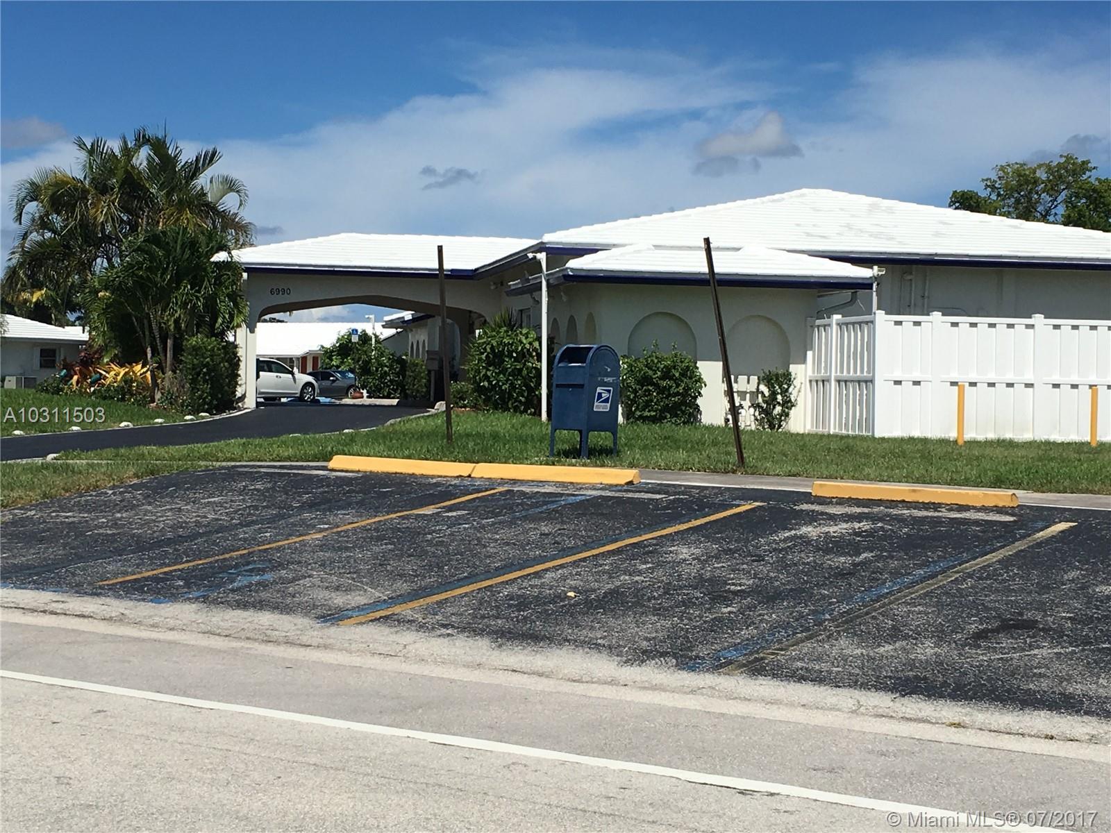 7005 NW 70th Ave, Tamarac, FL 33321