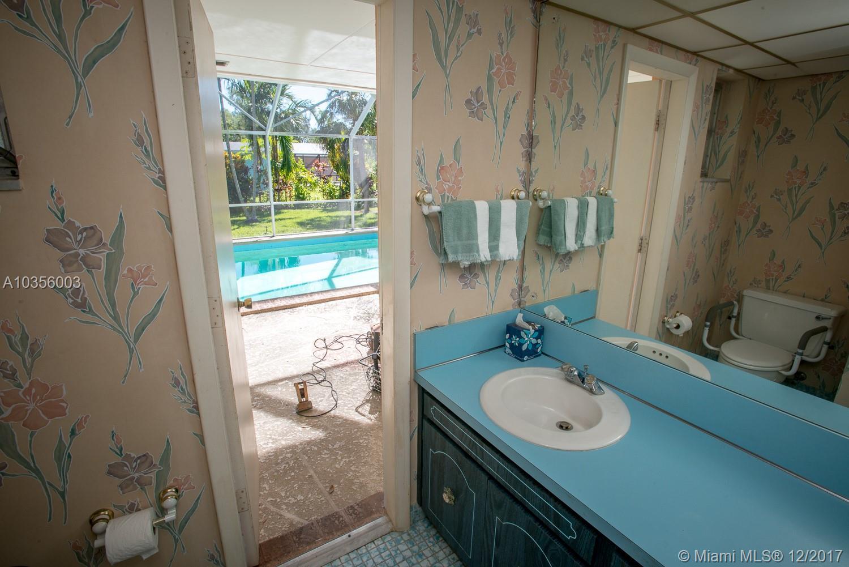 7440 SW 163 St, Palmetto Bay , FL 33157