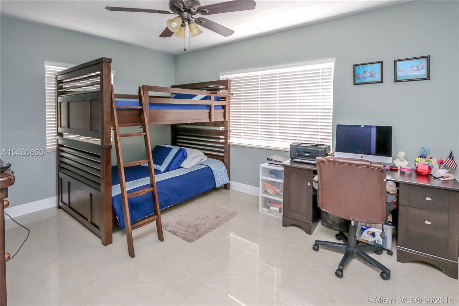 6235 Sw 38 St, Miami FL, 33155