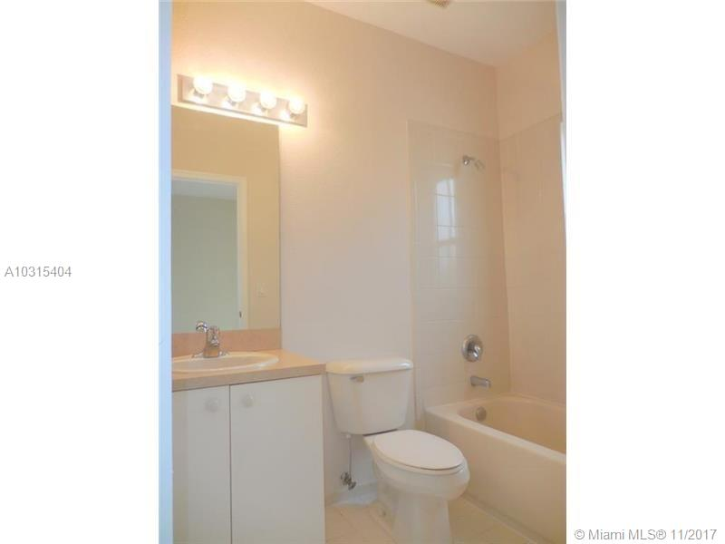 1006 N SANTA CATALINA CR # 1006, North Lauderdale, FL 33068