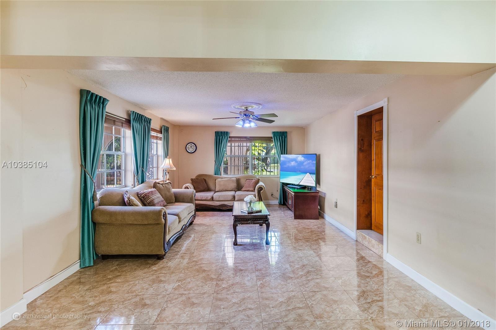 1031 NE 90th St, Miami , FL 33138