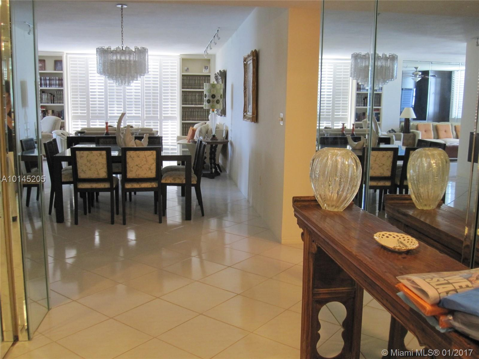 5825 Collins-9G miami-beach--fl-33140-a10145205-Pic03