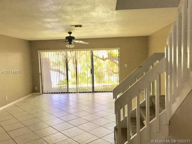 4718 NW 82nd Ave # 1706, Lauderhill, FL 33351