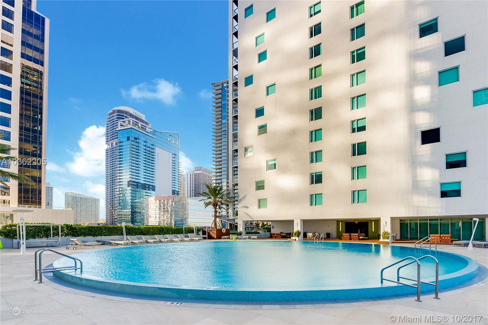 500 Brickell Ave #4001, Miami FL, 33131