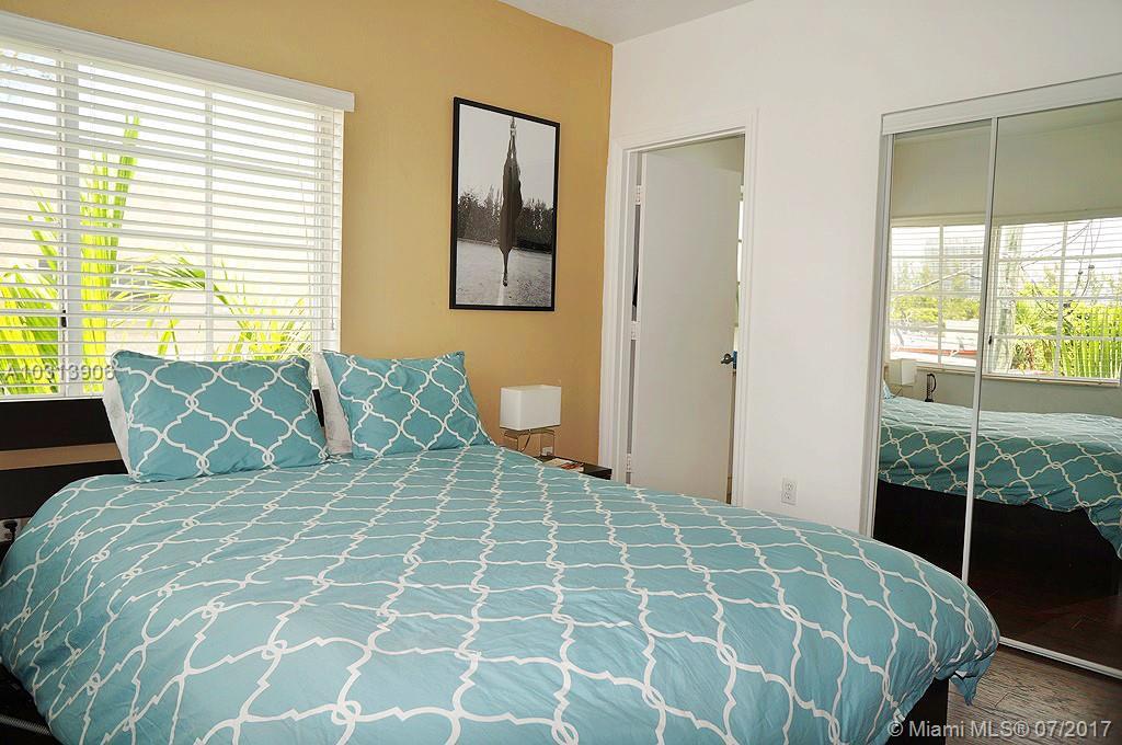 1300 Pennsylvania Ave # 305, Miami Beach, FL 33139