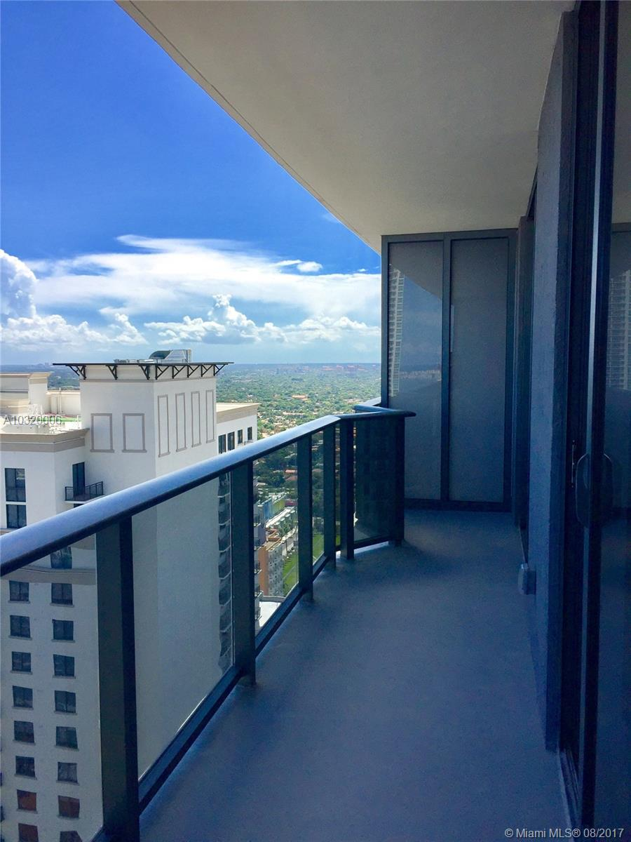 55 SW 9 st # 3604, Miami , FL 33130