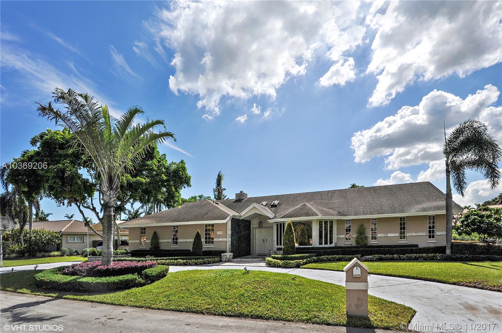 10100 SW 141st St, Miami , FL 33176