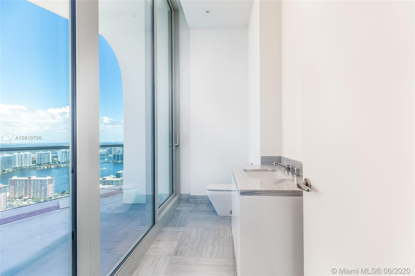 16901 Collins ave-5503 sunny-isles-beach-fl-33160-a10810706-Pic10