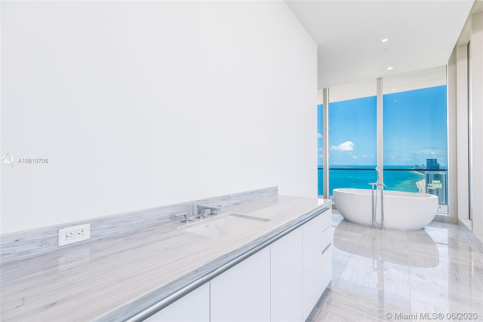 16901 Collins ave-5503 sunny-isles-beach-fl-33160-a10810706-Pic23