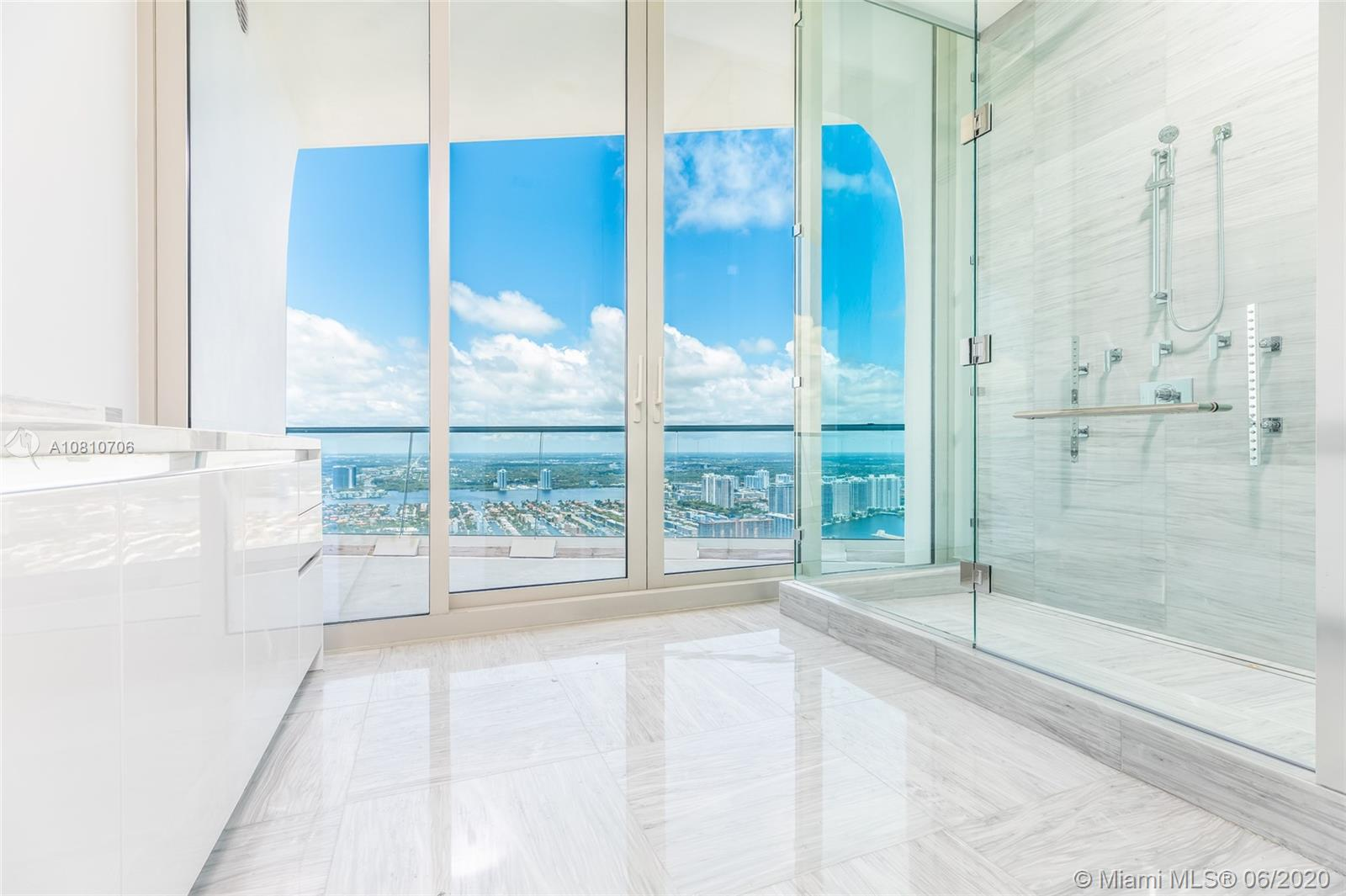 16901 Collins ave-5503 sunny-isles-beach-fl-33160-a10810706-Pic24