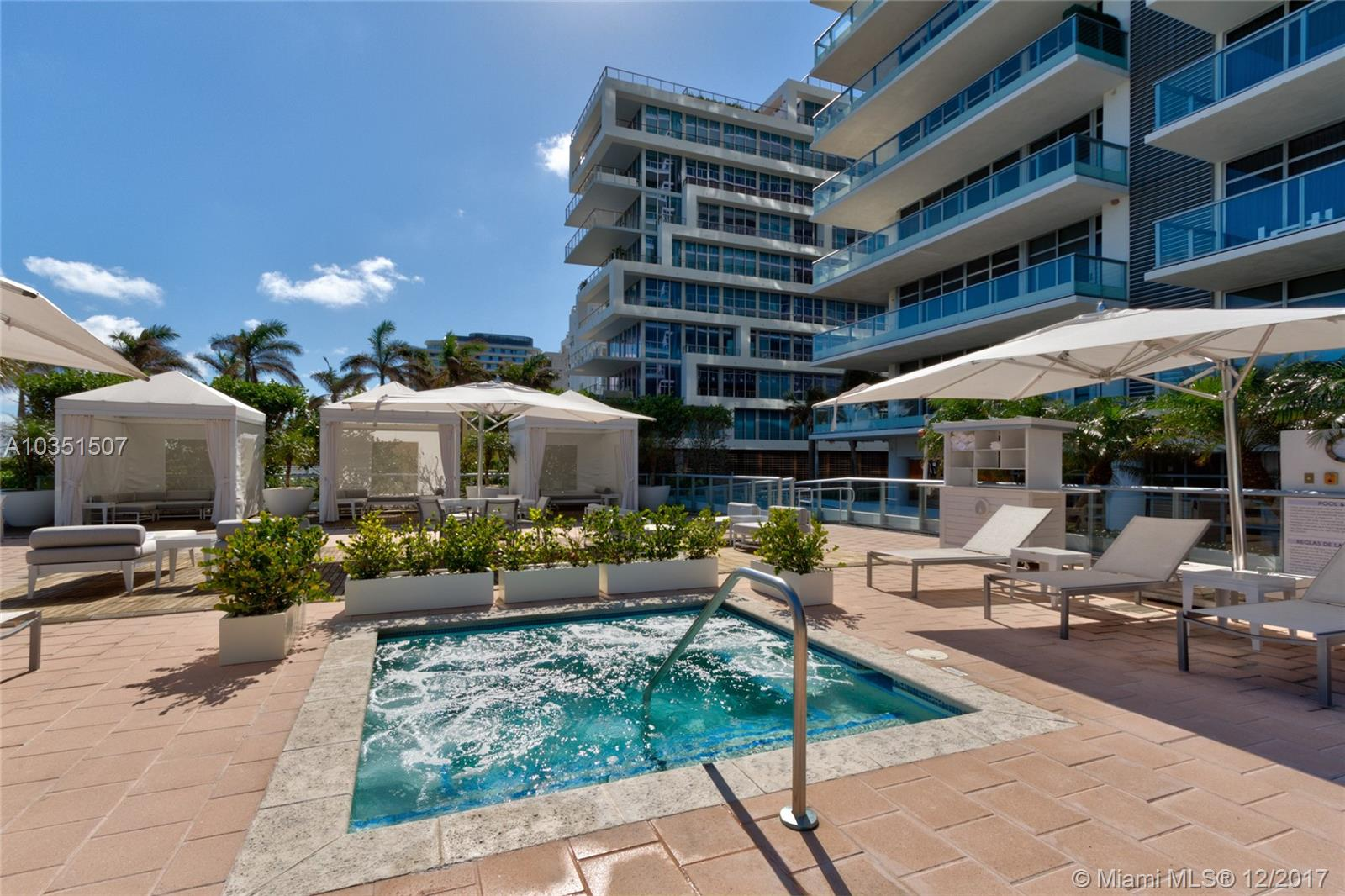 3739 Collins Ave # N-407, Miami Beach , FL 33140