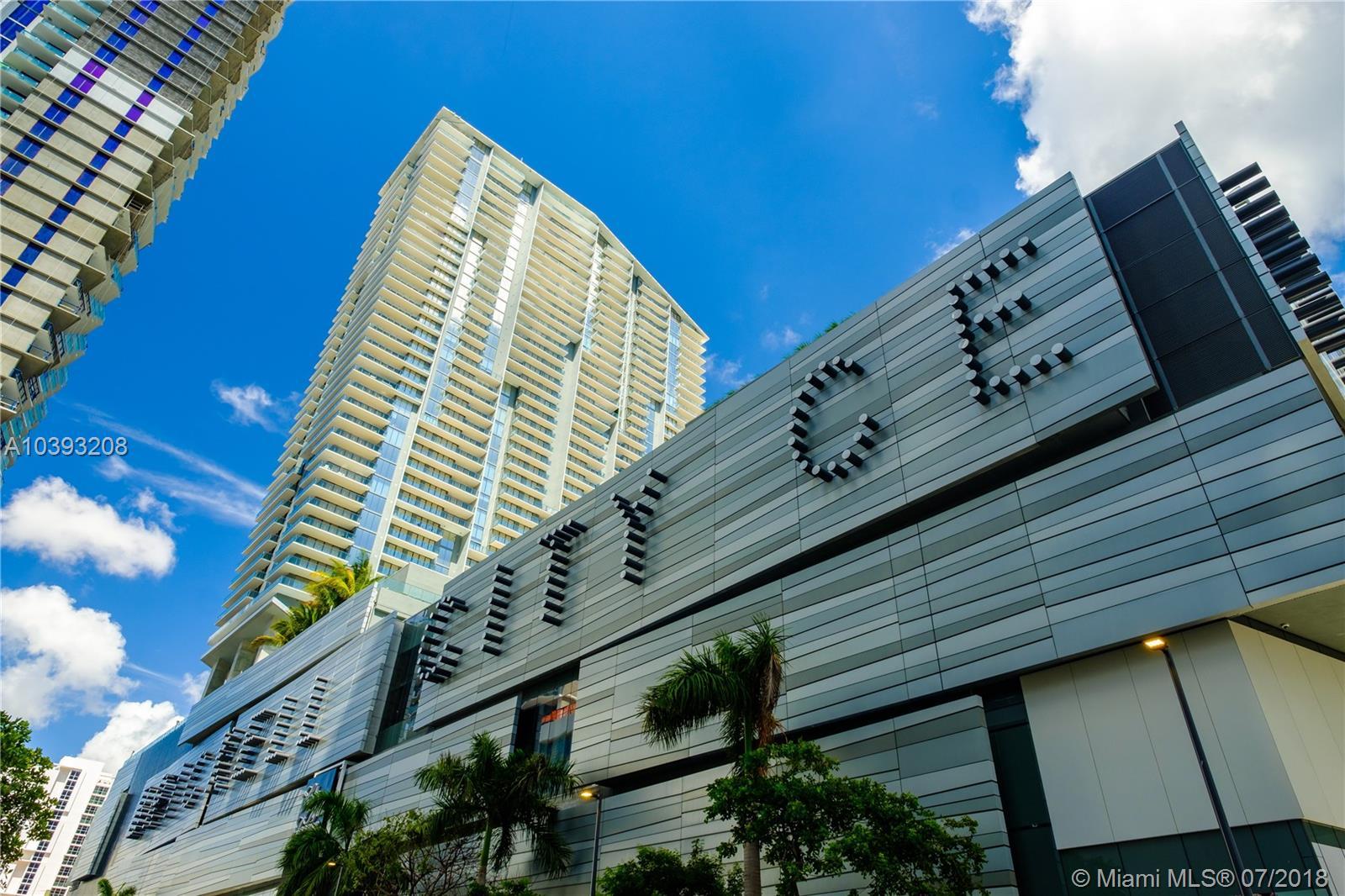 68 SE 6th St # 1705, Miami , FL 33131