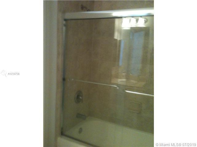 701 Brickell key bl-1207 miami-fl-33131-a10700708-Pic08
