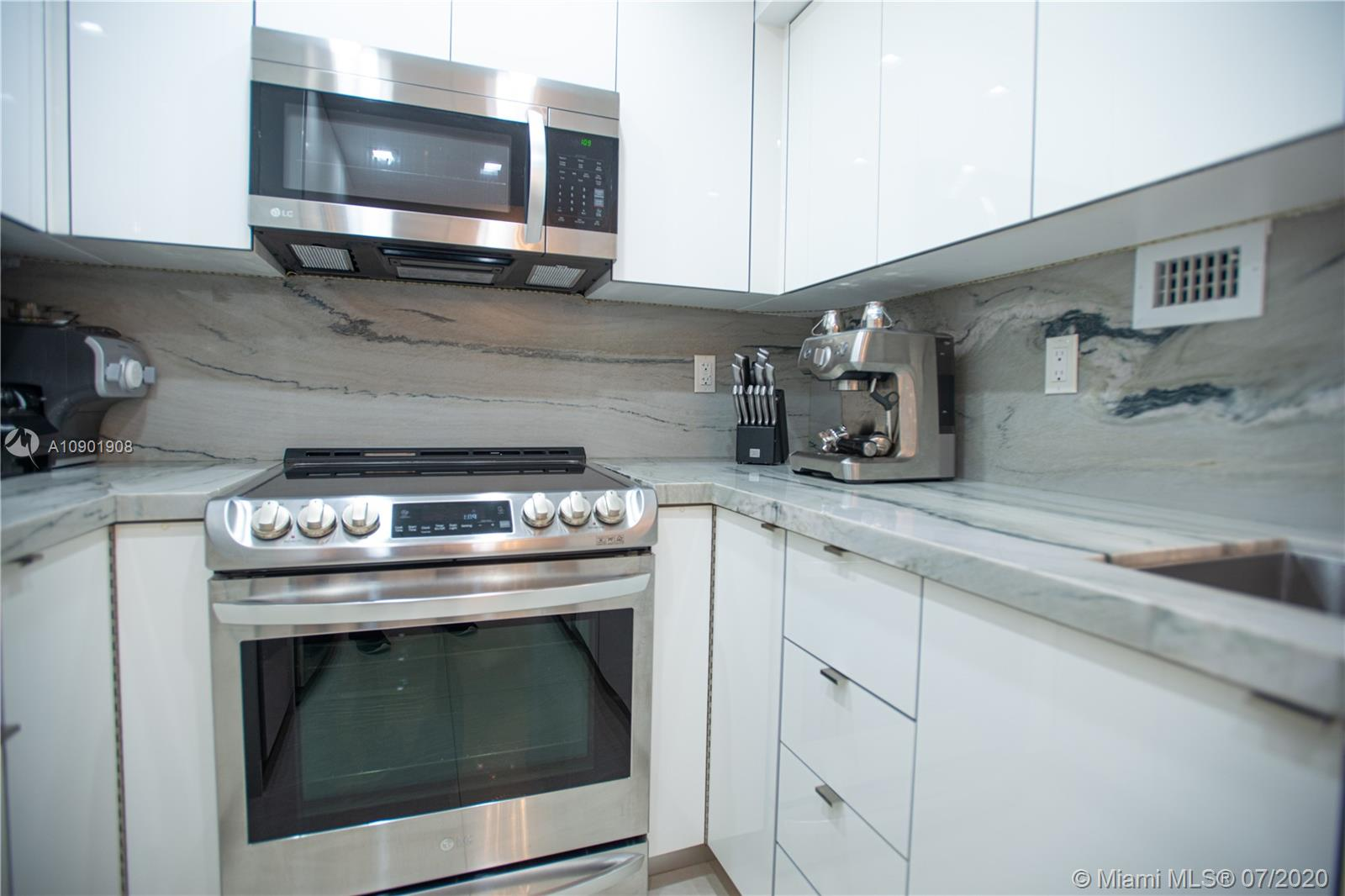 1200 West ave-520 miami-beach-fl-33139-a10901908-Pic03