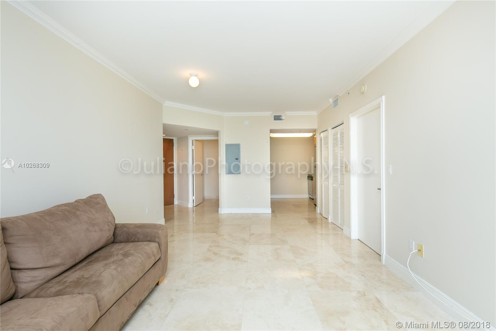 6365 Collins Ave # 2206, Miami Beach , FL 33141