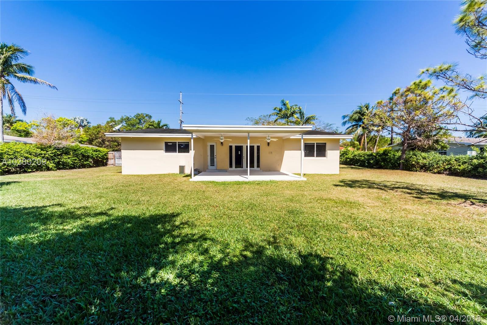 9760 SW 144th St, Miami , FL 33176
