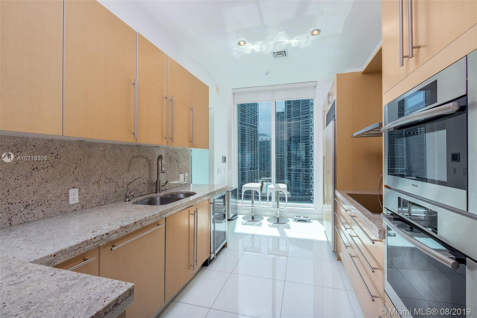 900 Brickell key blvd-2304 miami-fl-33131-a10719309-Pic11