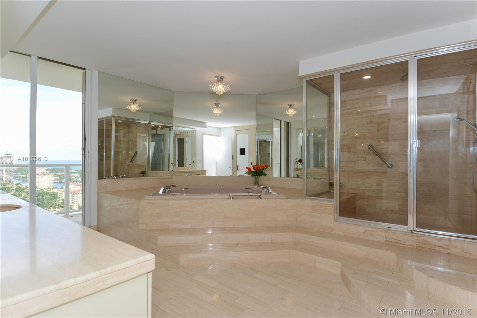 19500 Turnberry way-26AB aventura--fl-33180-a10135610-Pic20
