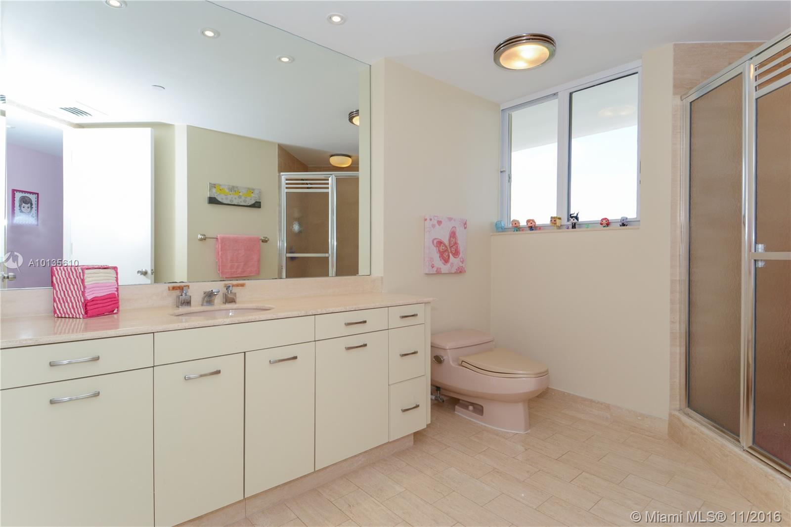 19500 Turnberry way-26AB aventura--fl-33180-a10135610-Pic24