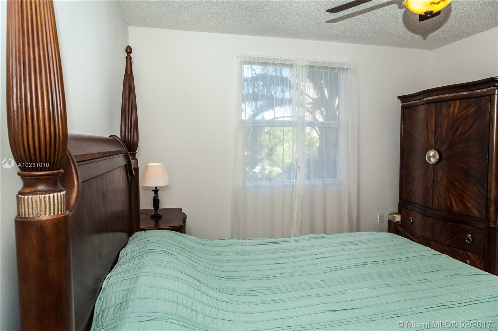 17150 N Bay Road #2414, Sunny Isles Beach, FL 33160