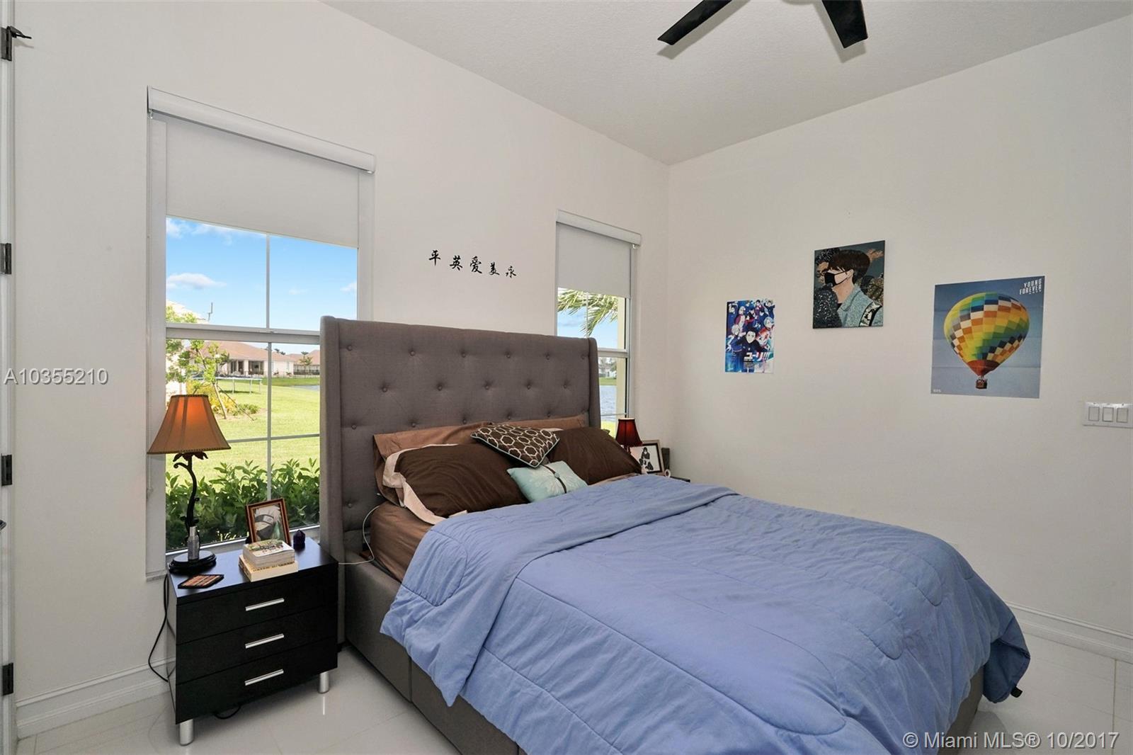 4974 W Sterling Ranch Cir, Davie FL, 33314
