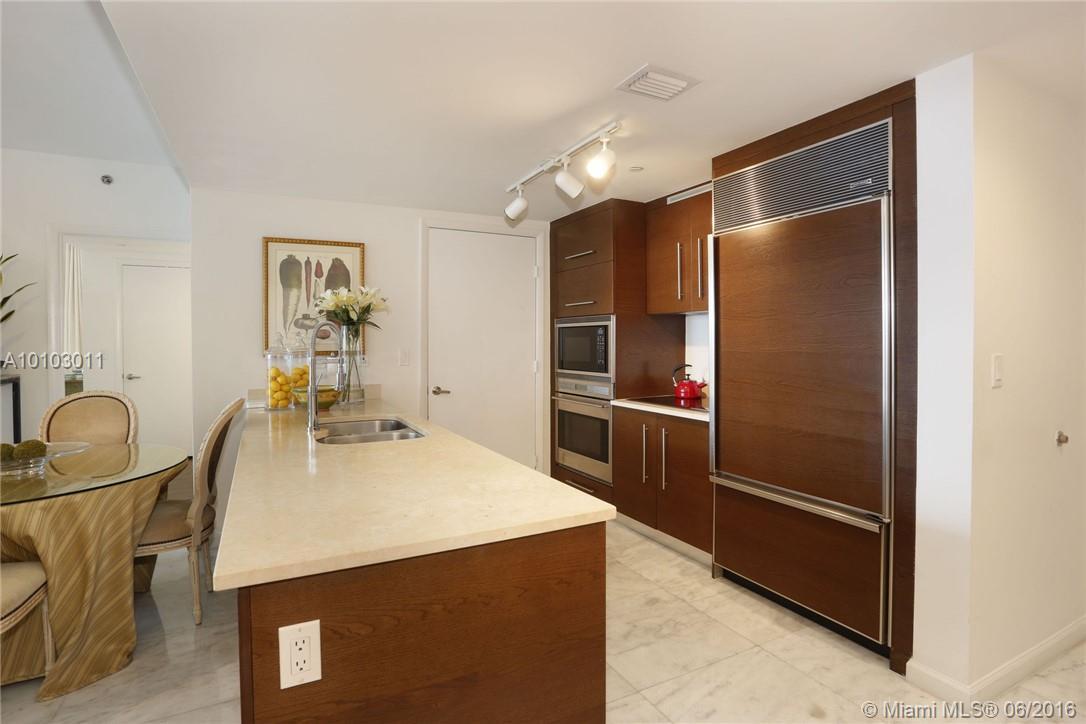 475 Brickell Ave #3713, Miami FL, 33131