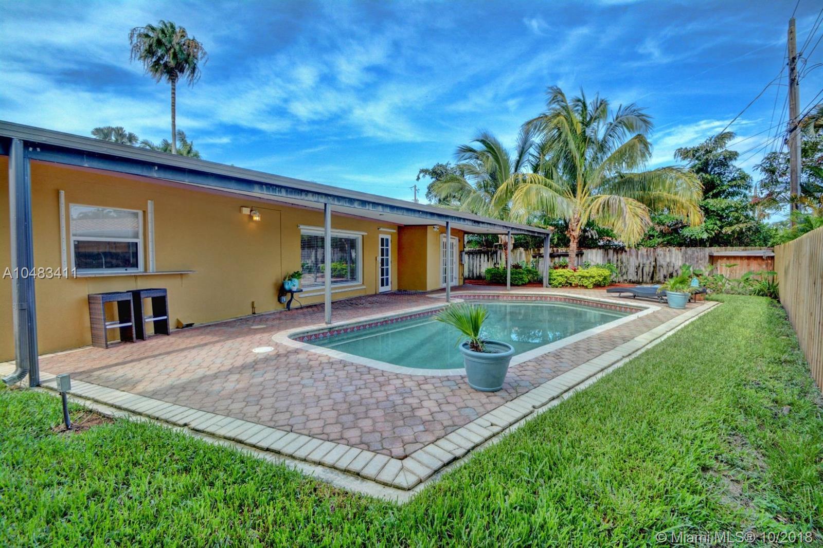 1660 Poinsettia Dr, Fort Lauderdale FL, 33305