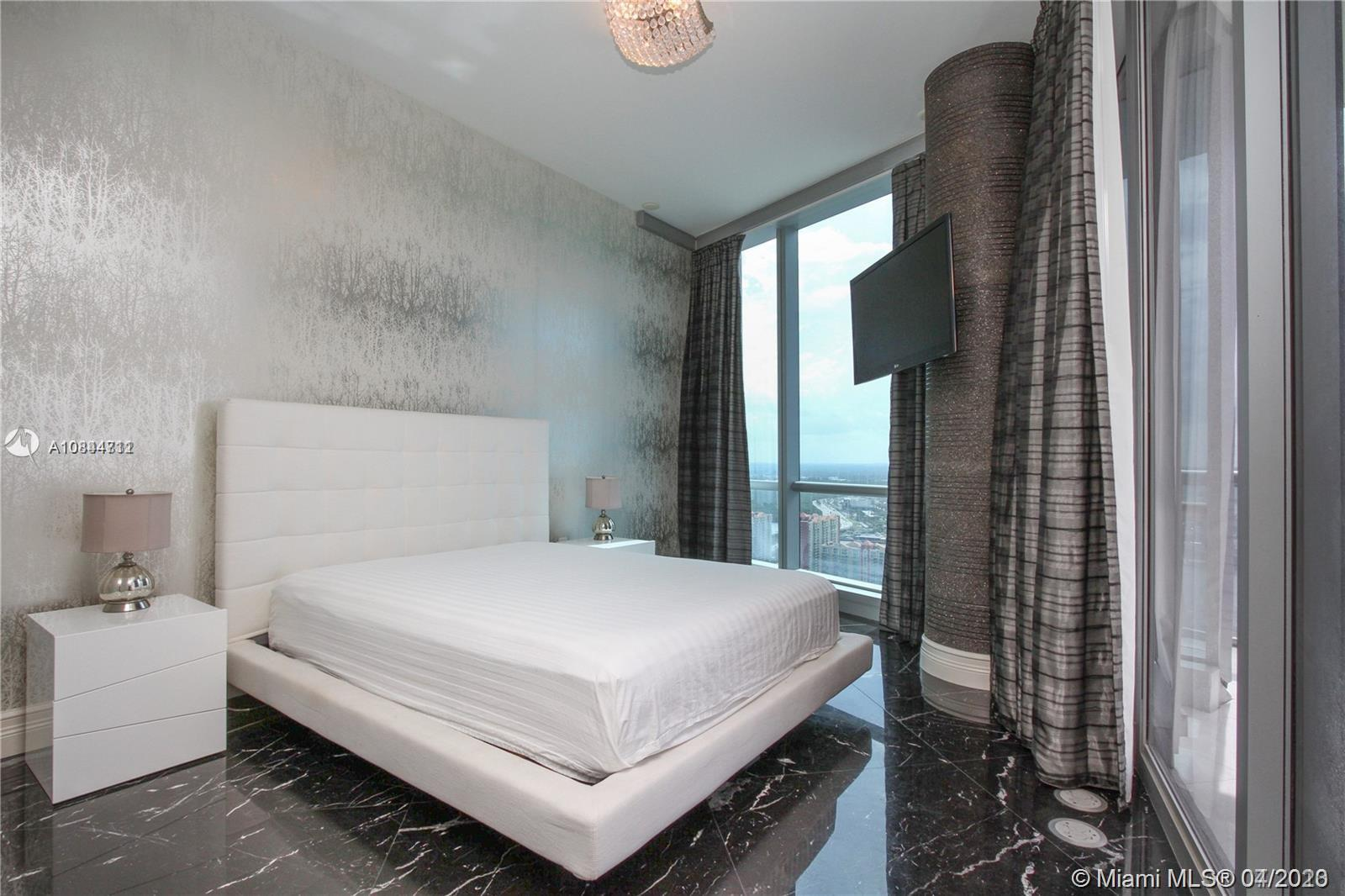 17121 Collins ave-4404 sunny-isles-beach-fl-33160-a10844711-Pic10
