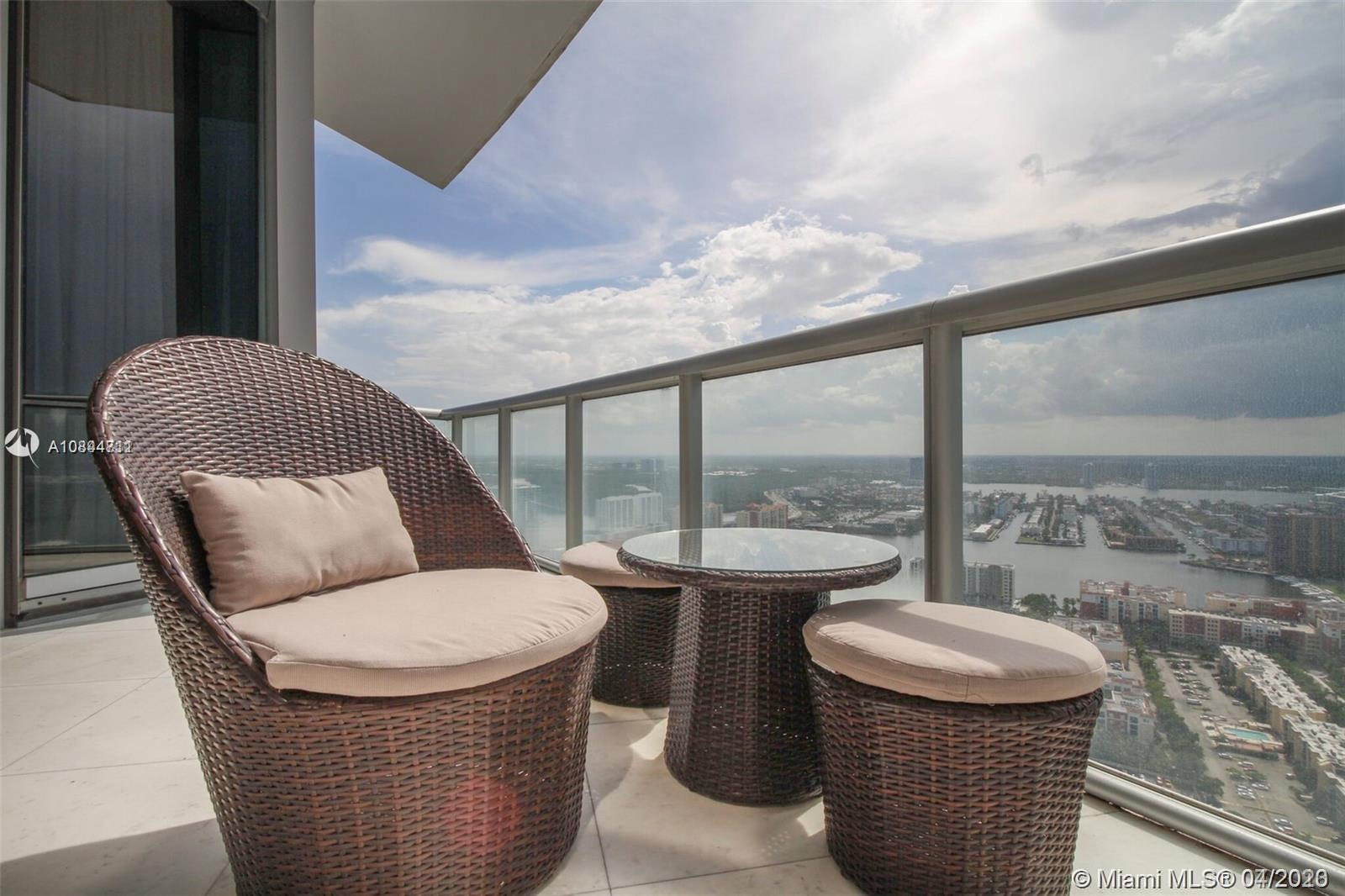 17121 Collins ave-4404 sunny-isles-beach-fl-33160-a10844711-Pic23