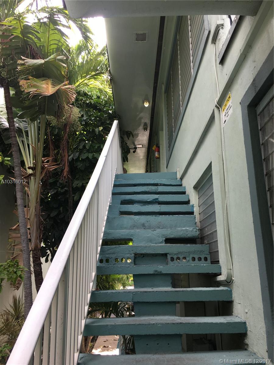 9056 Collins Ave # 28, Surfside, FL 33154