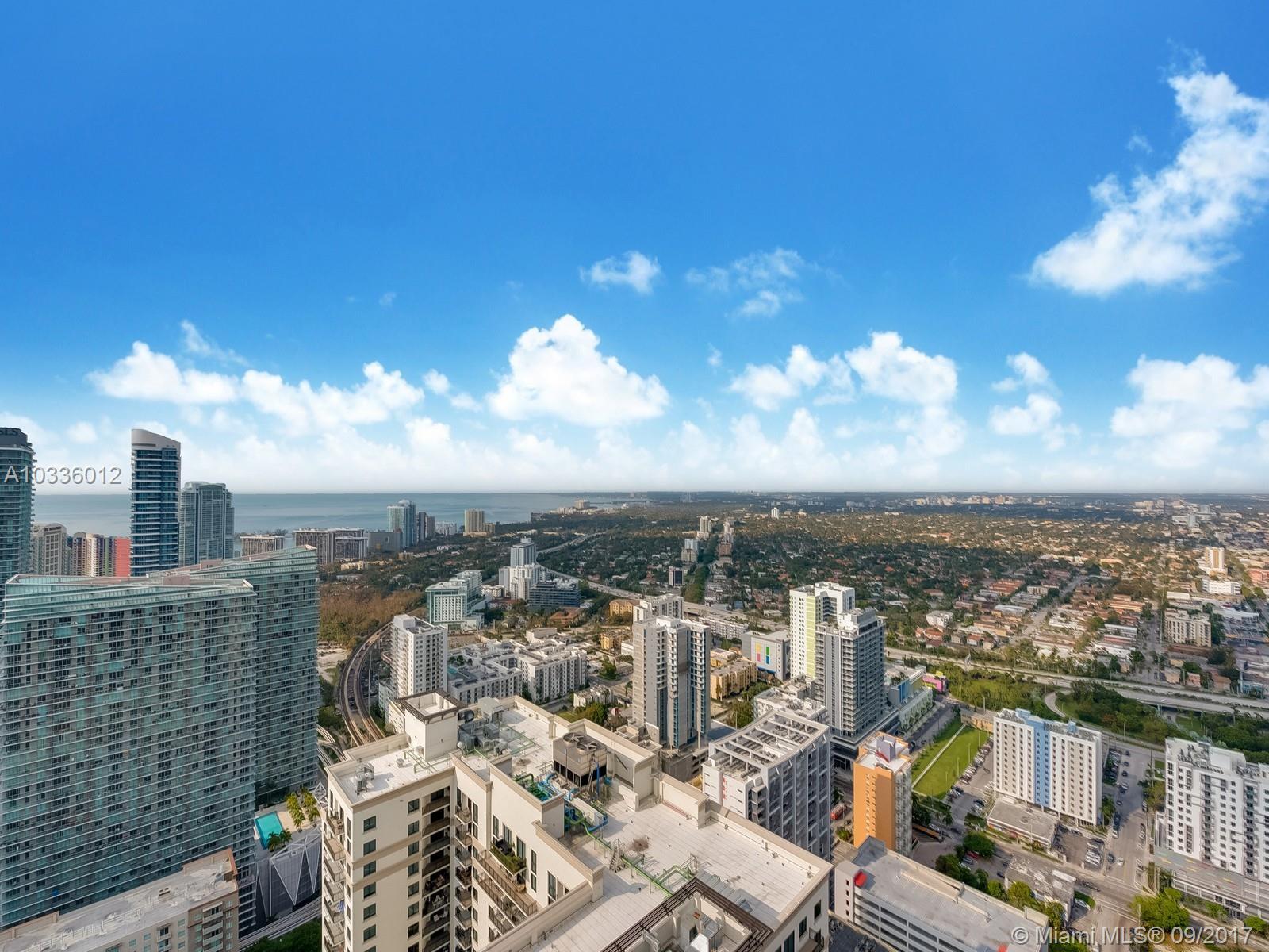 55 SW 9 st # 3301, Miami , FL 33130