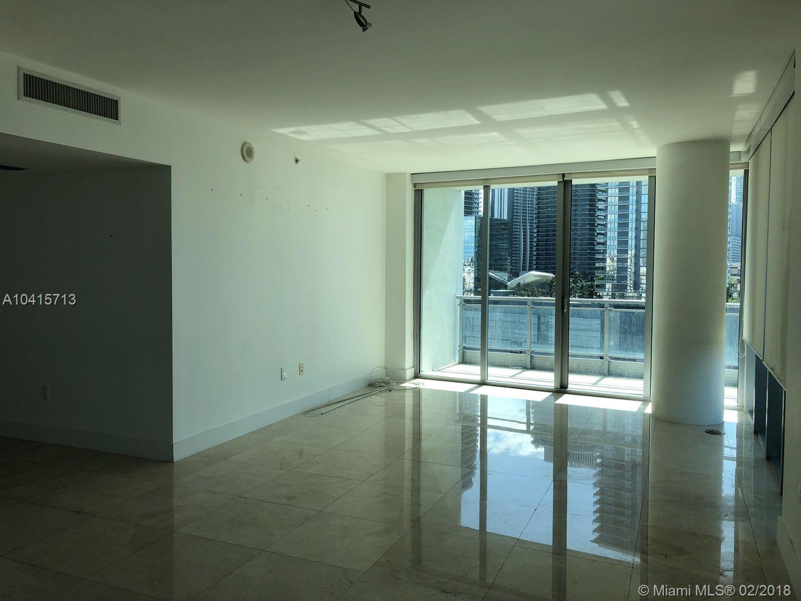 92 Sw 3rd St #1705, Miami FL, 33130