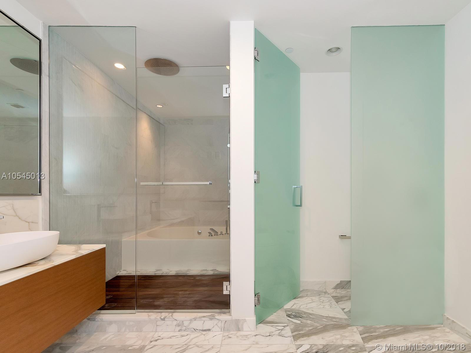 10201 Collins ave-1507 bal-harbour-fl-33154-a10545013-Pic21
