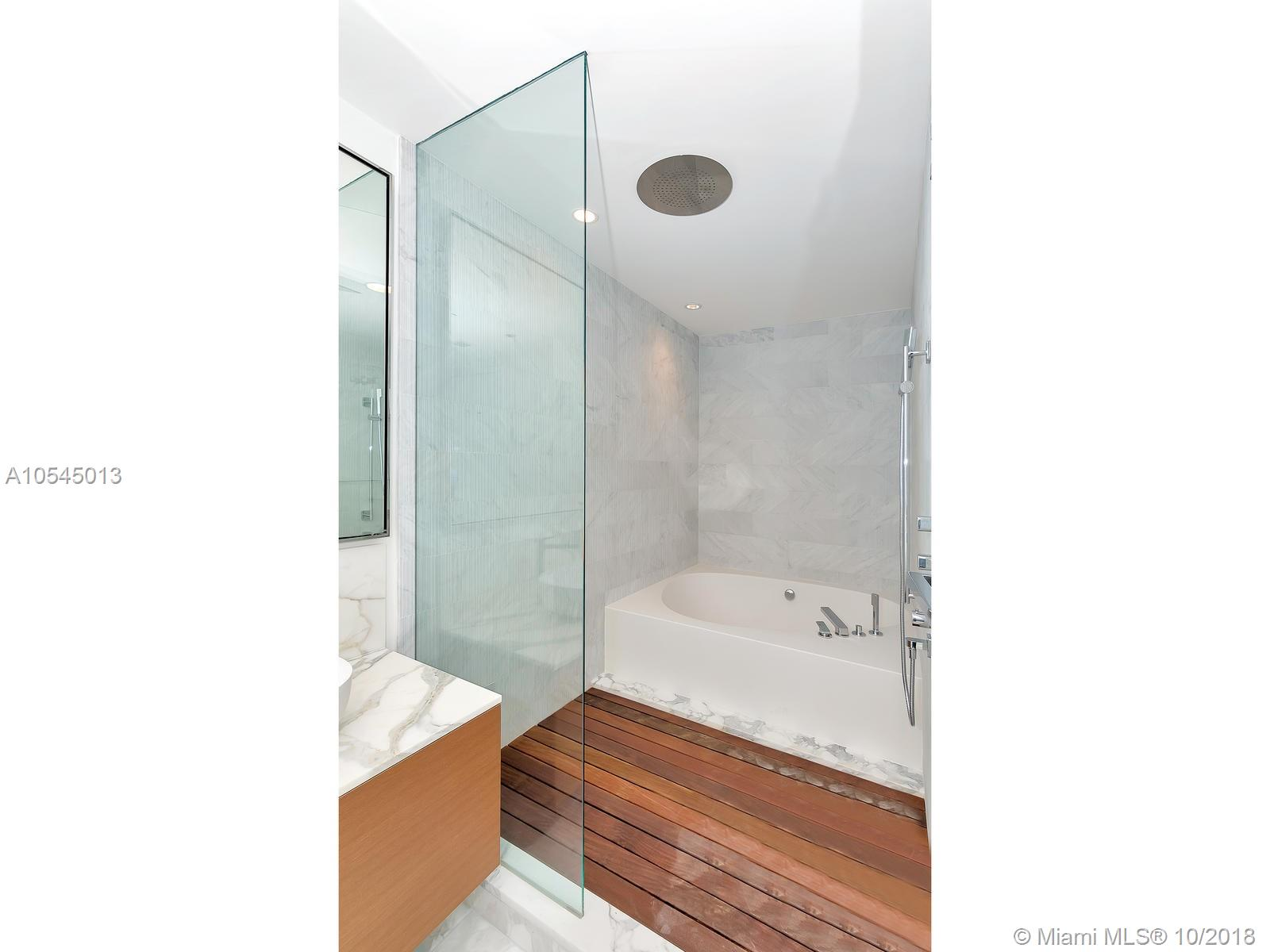10201 Collins ave-1507 bal-harbour-fl-33154-a10545013-Pic22