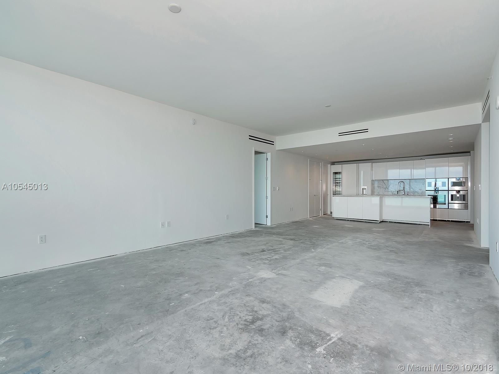 10201 Collins ave-1507 bal-harbour-fl-33154-a10545013-Pic08