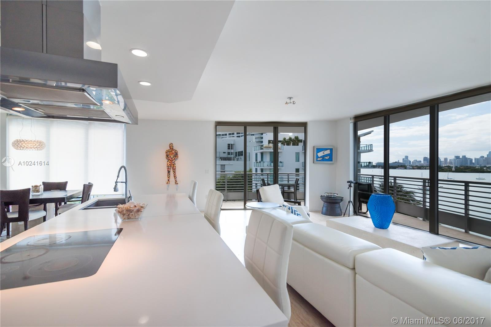 1445 16th st-603 miami-beach--fl-33139-a10241614-Pic02