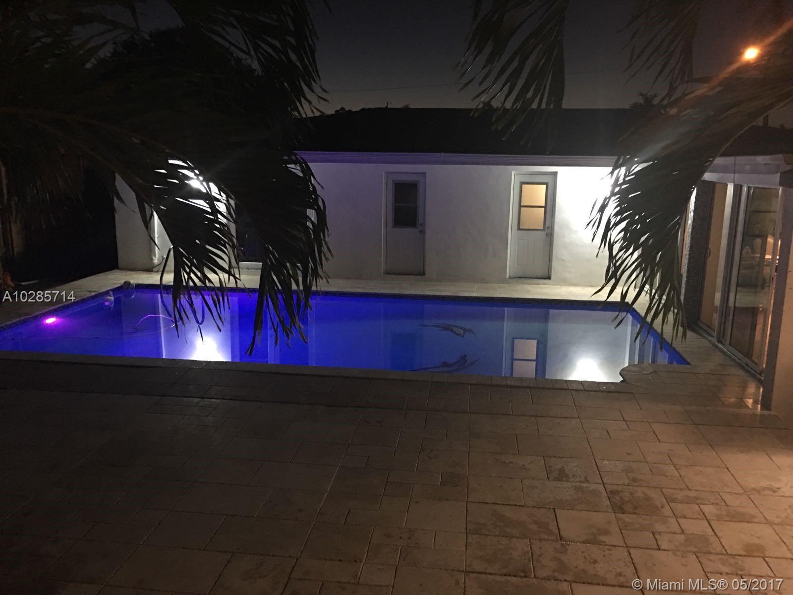 5321 SW 89th Ct, Miami , FL 33165