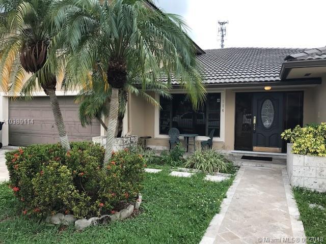 104 Nw 136th Pl, Miami FL, 33182