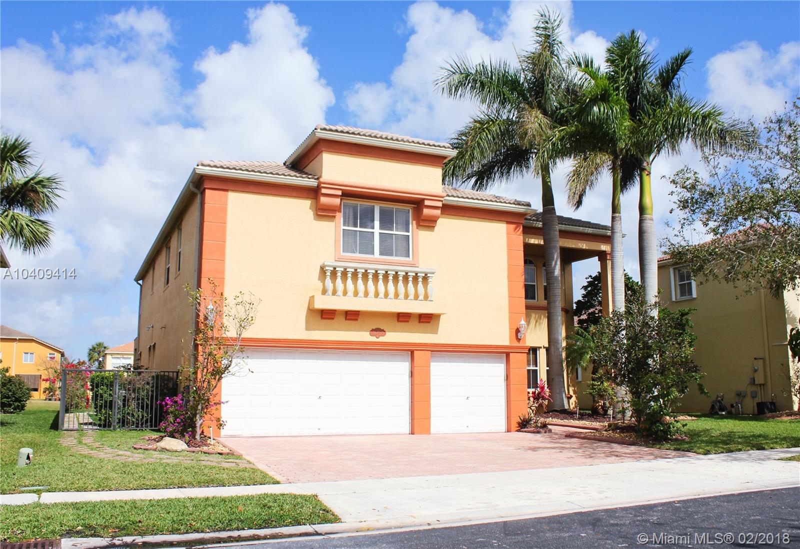 16753 Sw 12th St, Pembroke Pines FL, 33027