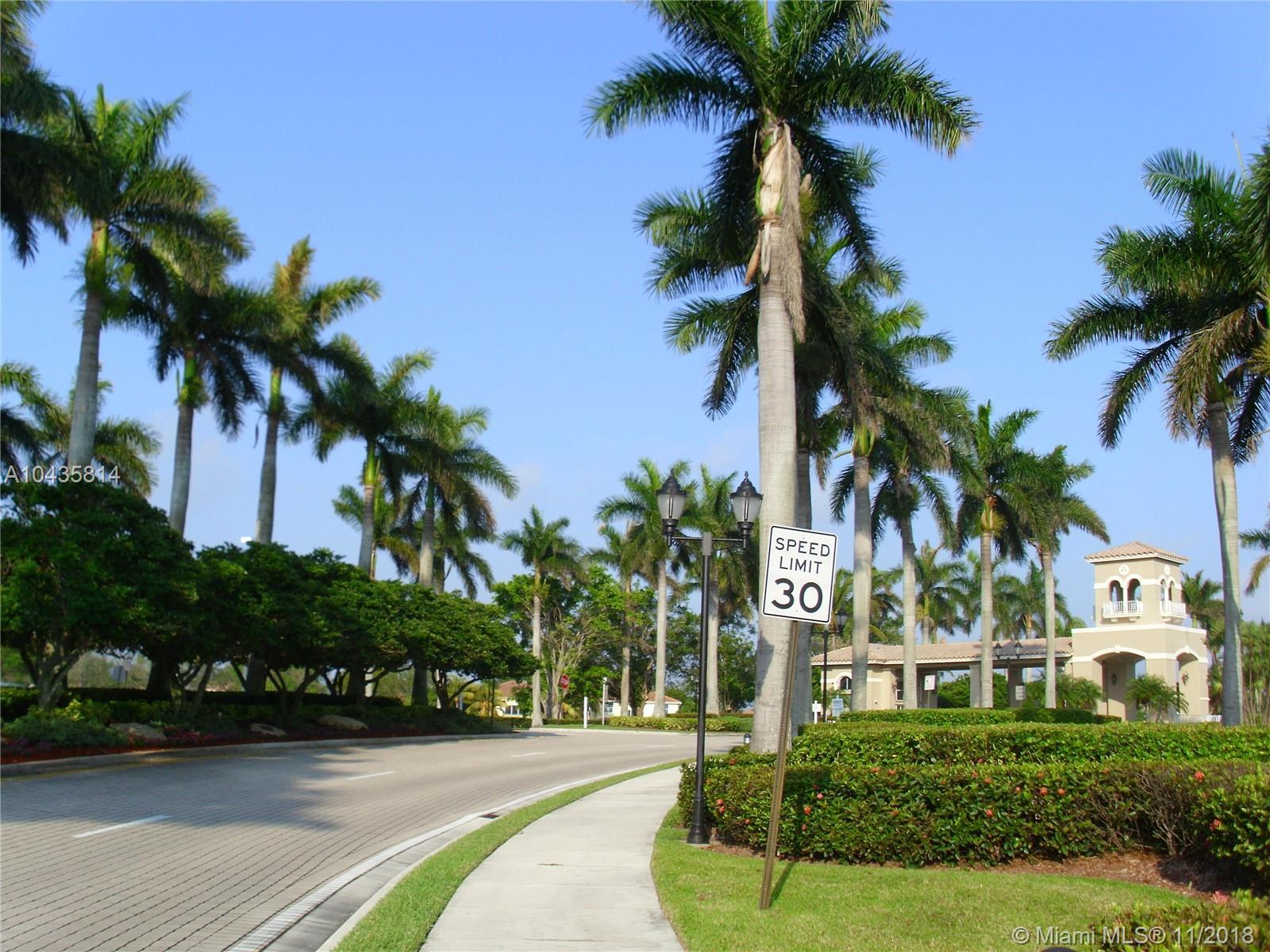 1510 Sw 189th Ter, Pembroke Pines FL, 33029