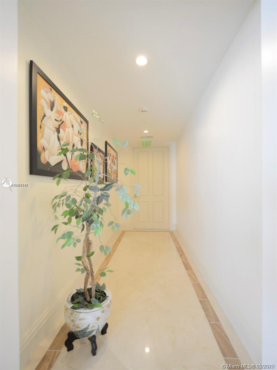 10295 Collins ave-801 bal-harbour-fl-33154-a10858114-Pic02